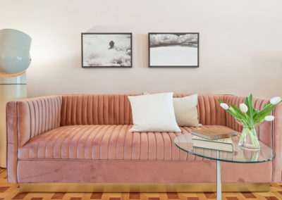 Staging + Styling – pink sofa